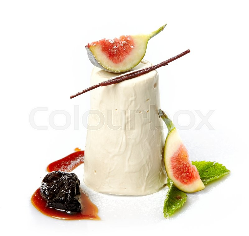Stock image of 'beautiful panna cotta dessert with fresh fruits isolated on white background'