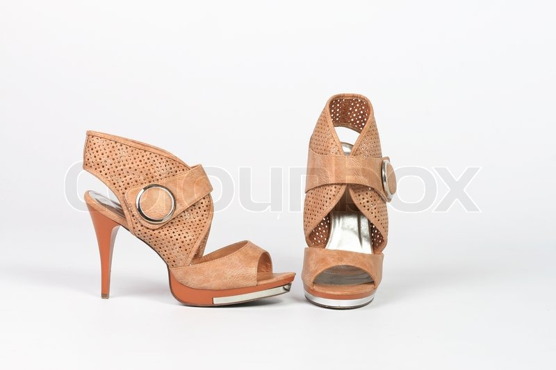 ladies's shoes with get dressed pants
