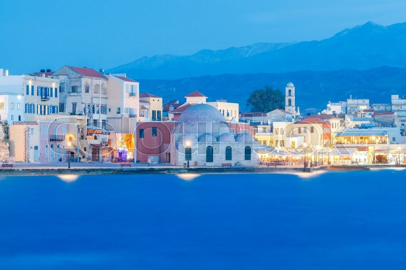 Stock image of 'Scenic view Venetian embankment in Chania with the Mosque of Hassan Kuchuk Pasha at night. Crete, Greece.'
