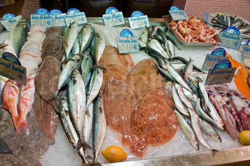 Schreibtisch mit fisch und meeresfr chten in fischladen in for Franks fish market