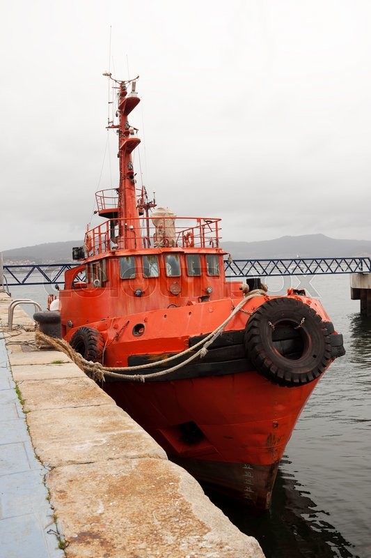 Stock image of 'Old tugboat docked at the port of Vigo, Pontevedra, Spain.'