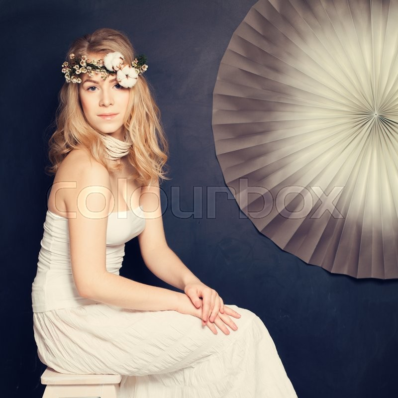 Stock image of 'Beautiful Woman on Fashion Background'