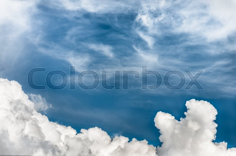 Stock image of 'Beautiful clouds in the blue sky background'