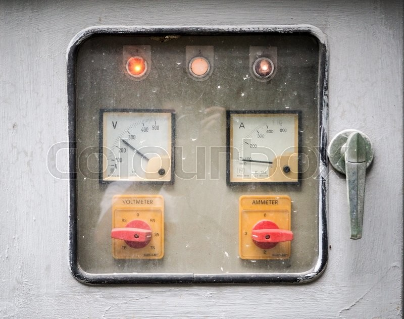 Stock image of 'Rusty Control panel,Volt meter Ammeter'
