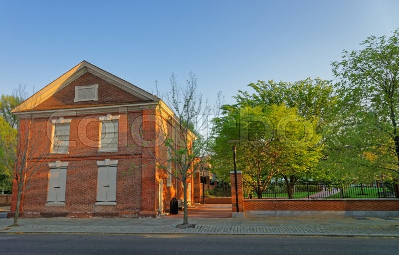 Stock image of 'Red brick building in the Old City in Philadelphia, Pennsylvania, USA.'