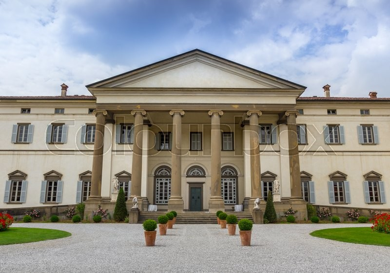 Stock image of 'Feature Italian villa used for ceremonies and weddings'