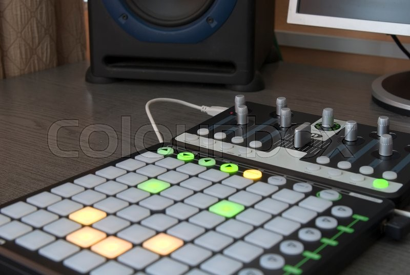 Stock image of 'Professional installation for mixing and playing tracks'