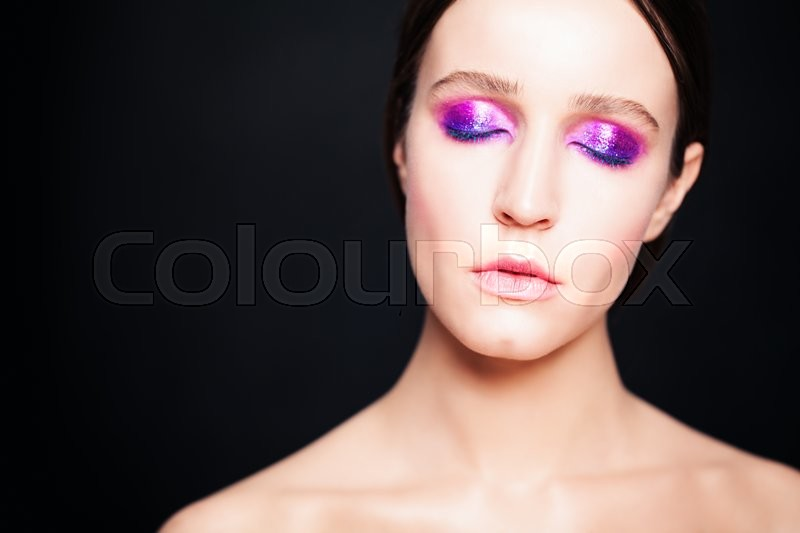 Stock image of 'Fashion Woman with Makeup. Eyes Closed'