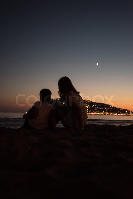 Stock image of 'Mother and son at Alanya beach, view from the beach, one of the famous destinations in Turkey.'