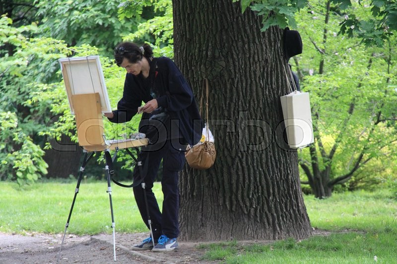 Stock image of 'Painter in park'