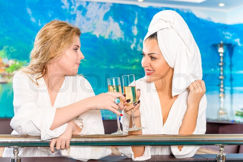 Stock image of 'Girlfriends with champagne relax after a spa care'