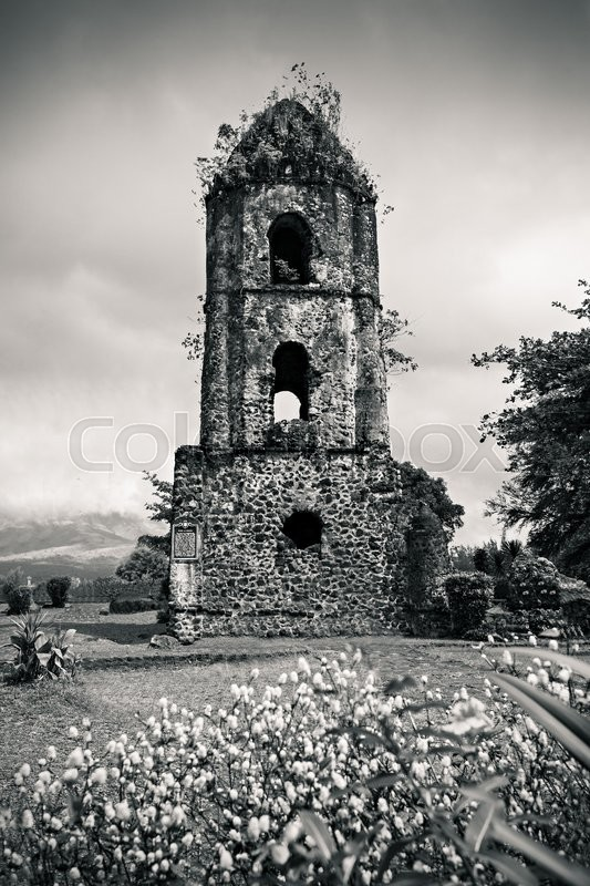 Stock image of 'Cagsawa Ruins are the remnants of an 18th century Franciscan church, built in 1724 and destroyed by the 1814 eruption of the Mayon Volcano.'
