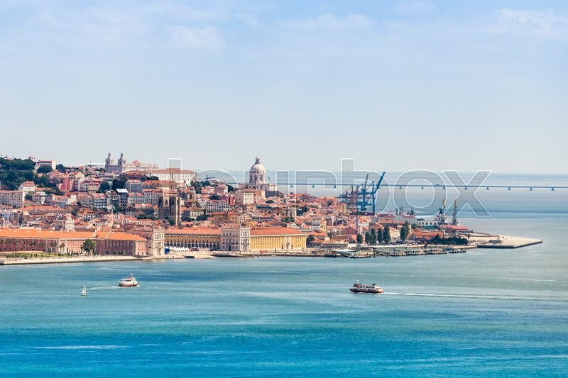 Stock image of 'Lisbon on the Tagus river bank, central Portugal'