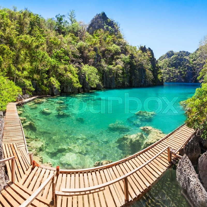 Stock image of 'Very beautyful lake in the islands, Philippines'