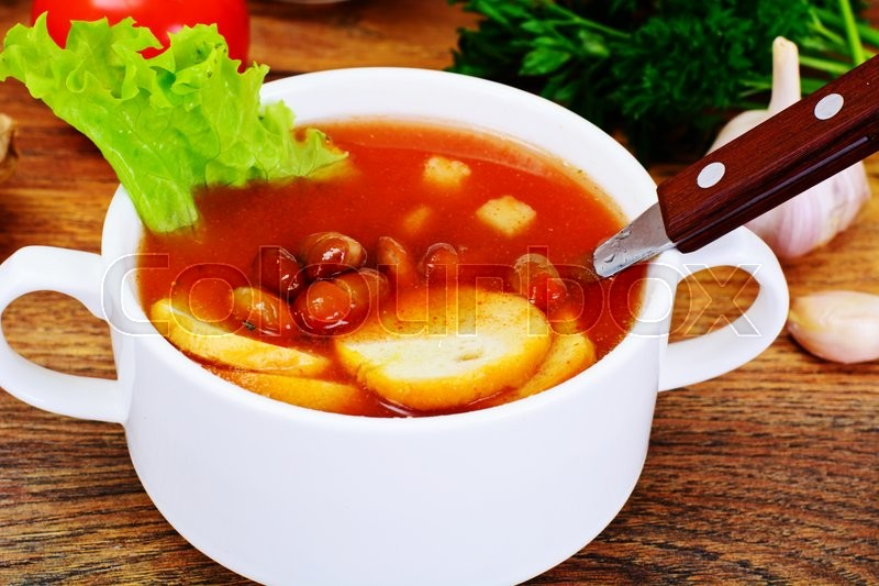Stock image of 'Soup with Tomato and Bean Studio Photo'