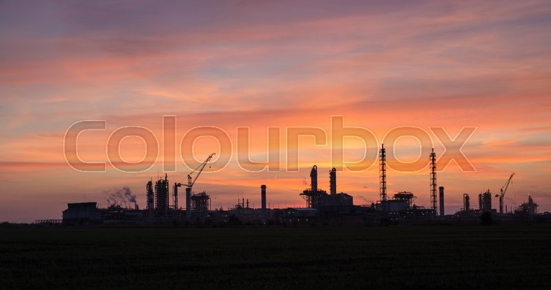 Stock image of 'Panoramic view of the industrial landscape at sunset'