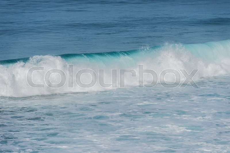 Stock image of 'background of rolling wave in atlantic ocean on the madeira coast'