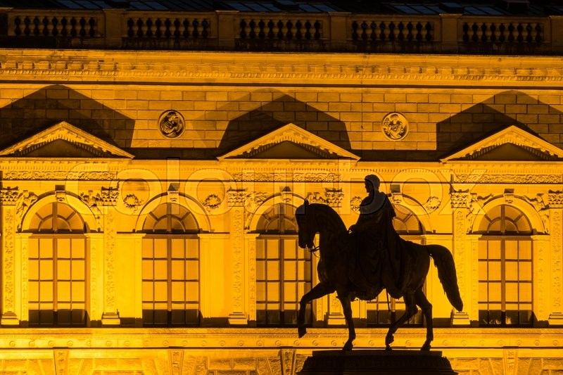 Stock image of 'Horseman sculpture in Dresden (Germany).'
