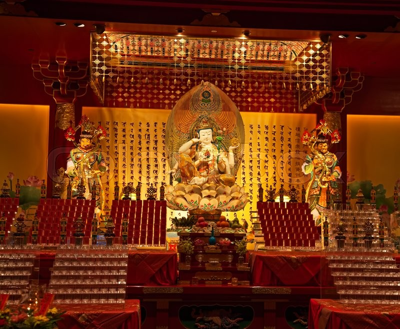 Stock image of 'The Buddha's Relic Tooth Temple in Singapore's Chinatown'