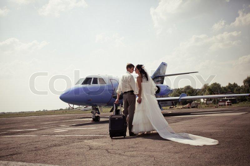 Улететь в день свадьбы
