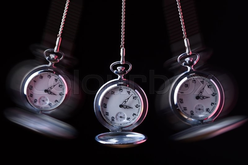 Swinging pocket watches