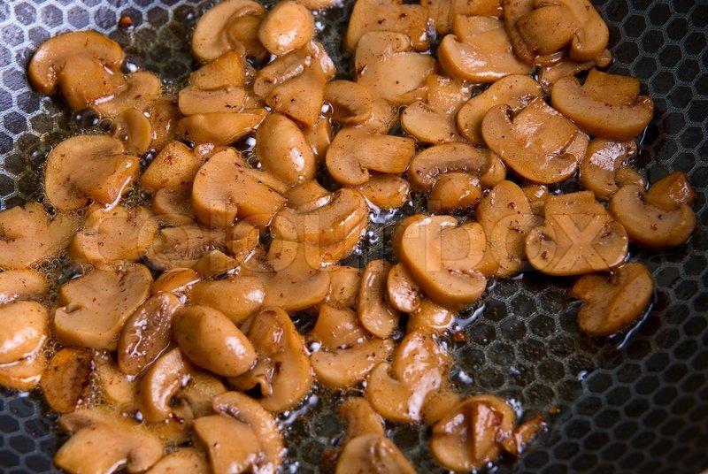 Тушеные шампиньоны рецепт фото