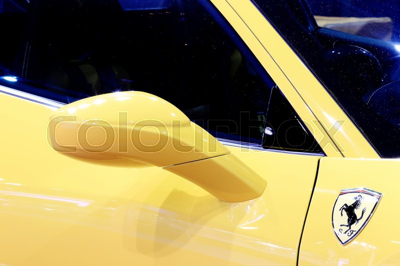 Bangkok April Wing Mirror Of Yellow Ferrari Luxury Sport Car - Car show display mirrors