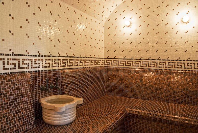Türkisches Bad mit Fliesen im römischen Stil  Stock-Foto ...
