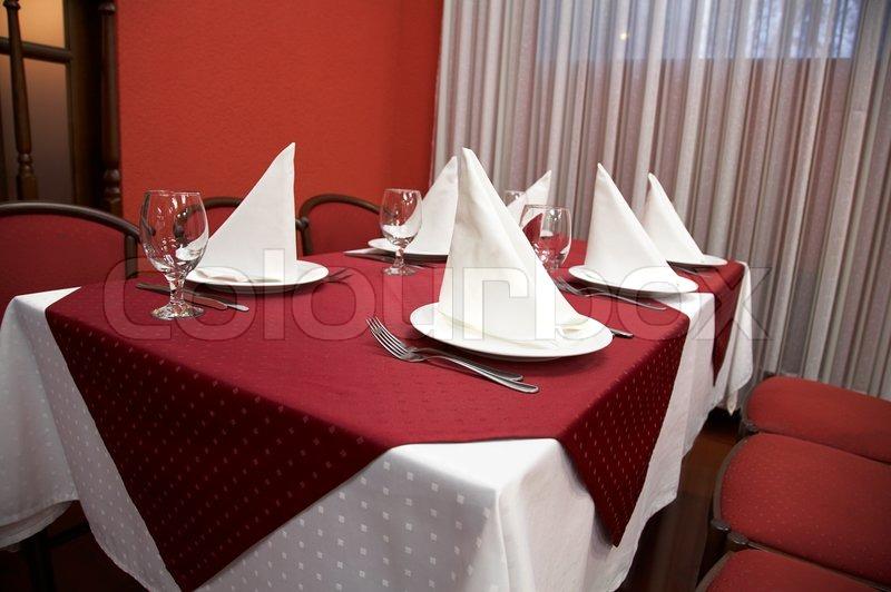 Restaurant Serve Table With Dinner Set Novosibirsk