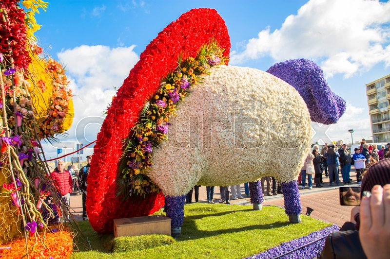 Editorial image of 'Noordwijk, NETHERLANDS - APRIL 23, 2016: Flower parade Bloemencorso'
