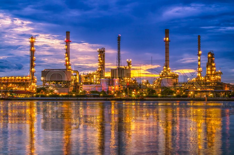 Stock image of 'Oil refinery at twilight, Chao Phraya river, Thailand'