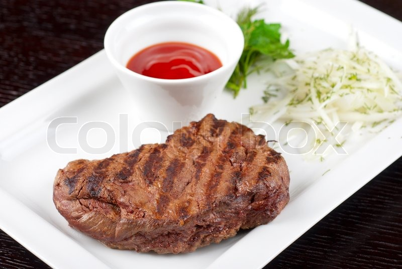 how to cook a juicy medium rare steak barbecue