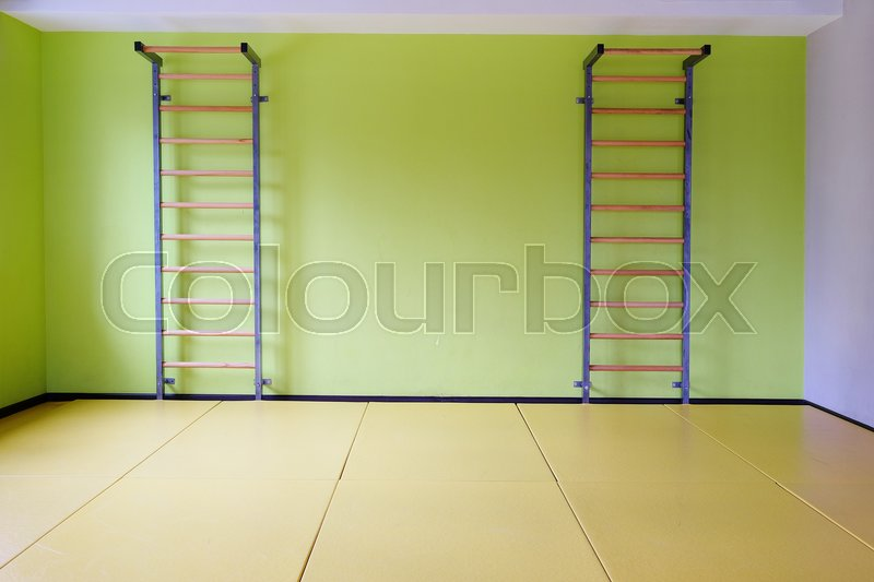Stock image of 'Interior of a fitness hall'