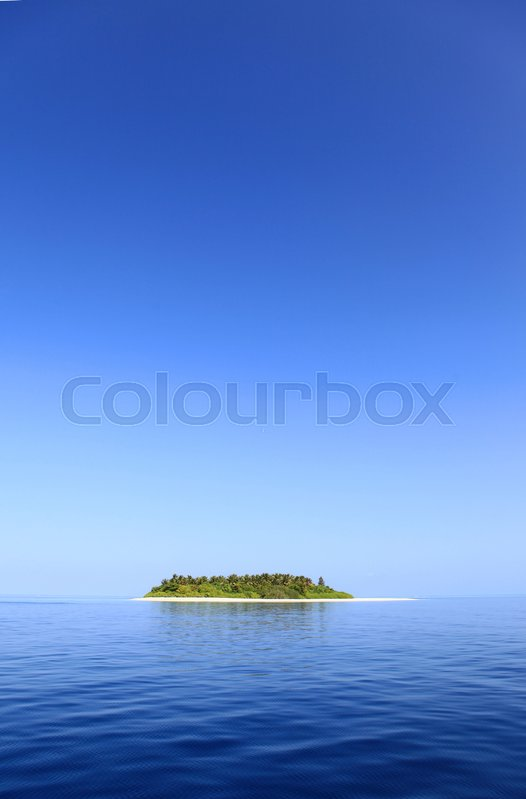 Stock image of 'small island on maledives'