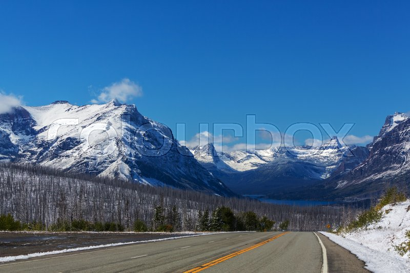 Stock image of 'Picturesque rocky peaks of the Glacier National Park, Montana, USA'