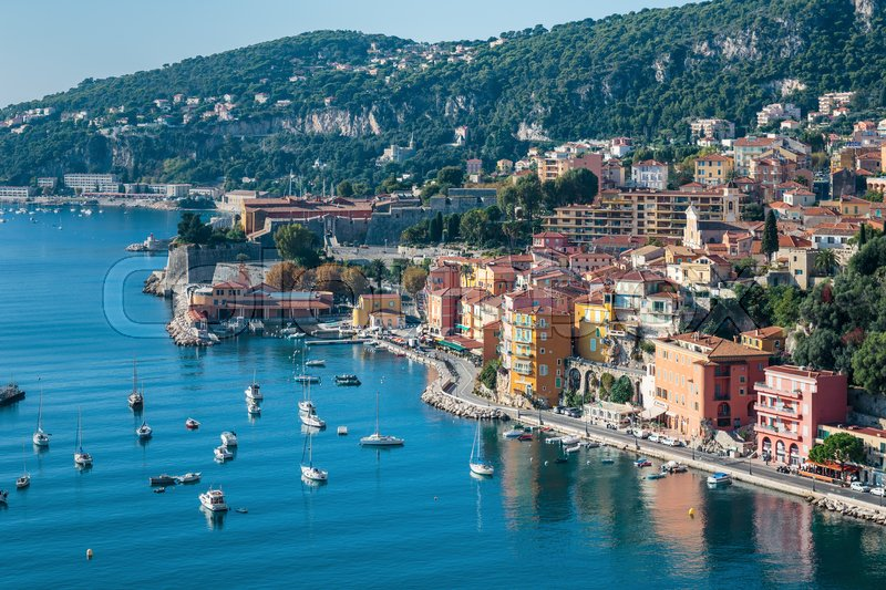 Stock image of 'Panoramic view of Cote d'Azur near the town of Villefranche-sur-Mer'