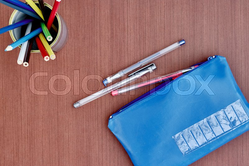 Stock image of 'A studio shot of a pencil case up close'