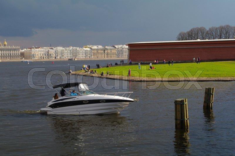 Stock image of 'a modern boat in Neva River, Saint - Petersburg, Russia'