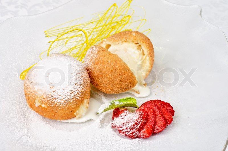 Рецепты десертов из мороженого