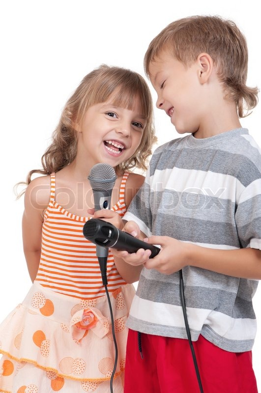 Funny Little Boy And Girl Singing With A Microphone -4020