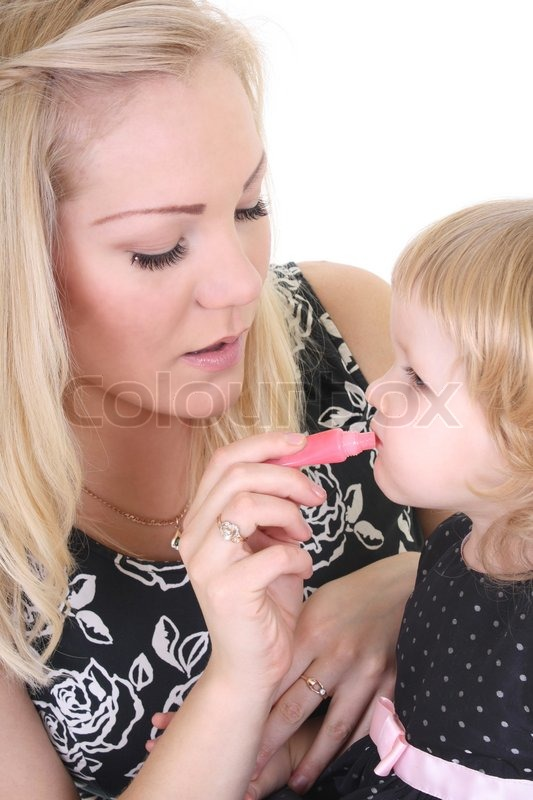 учит девушку сосать