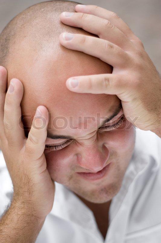 Голова болит после слез что делать