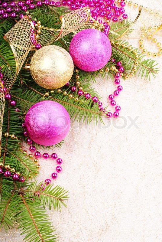 Weihnachten rosa und gold dekoration auf tannenzweig for Dekoration rosa