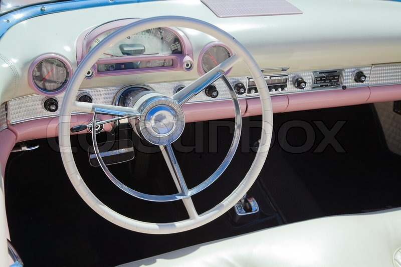 retro styled classic american car interior with white and pink leather upholstery and matching. Black Bedroom Furniture Sets. Home Design Ideas