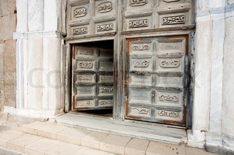 Alte türen  Alte Türen des mittelalterlichen normannischen Kathedrale in ...