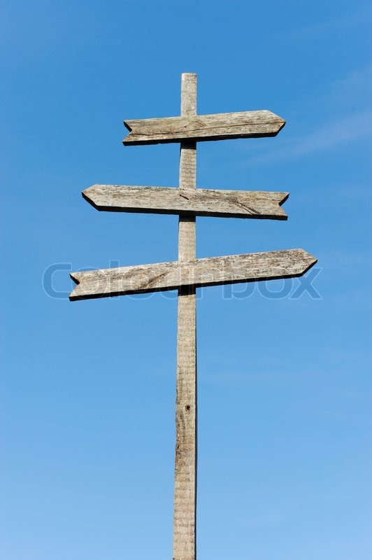 2371876-old-wooden-blank-sign-post-against-the-sky.jpg