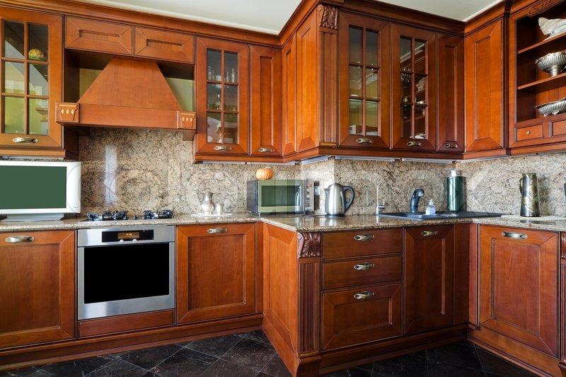 Gasherd auf moderne und schöne Küche   Stock Bild   Colourbox
