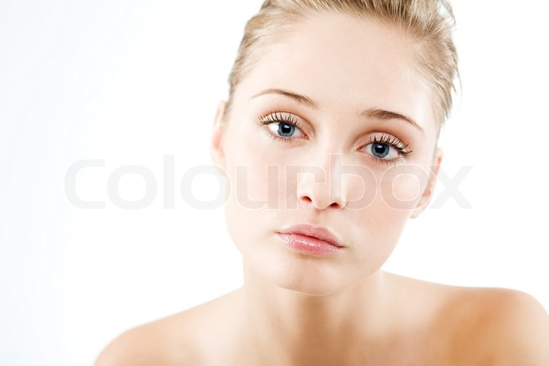 Natural Makeup Brands on Face Makeup Goes On White And   Makeup Photos