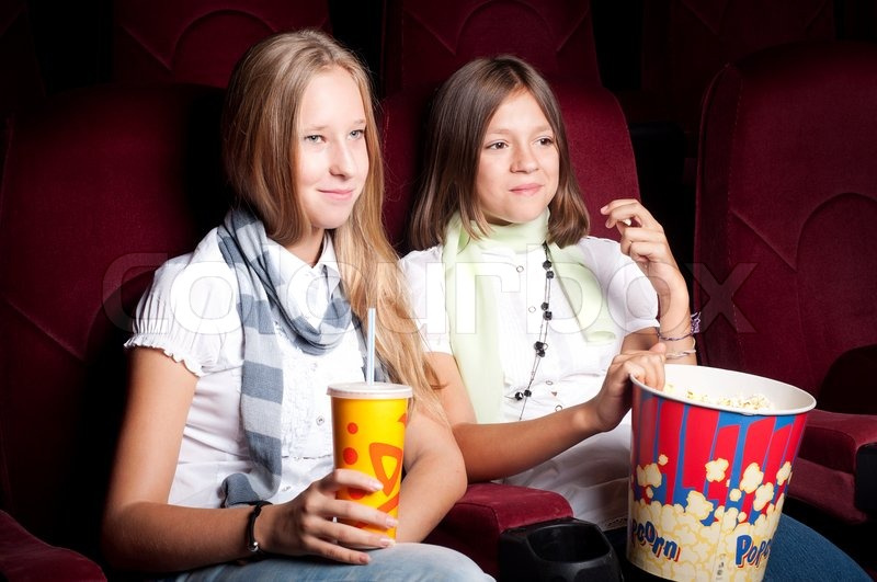 Dagmar teater biograf piger søger