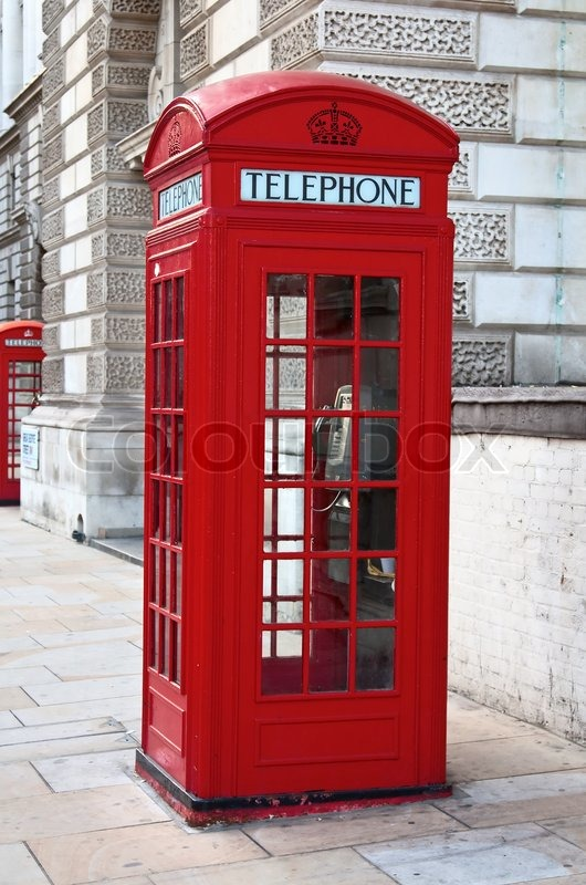Famous red telephone booth in london uk stock photo for Sigillante macchia cabina di log
